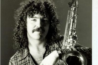 Who Played Sax On Gerry Rafferty S Island