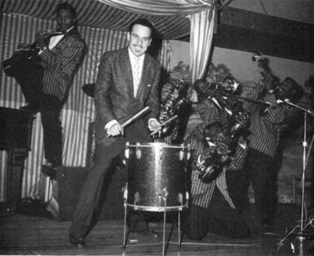 johnny_otis_stage