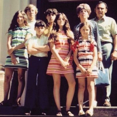 madonna-and-her-family-1970